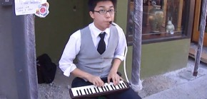 mike-choi-nintendo-street-musician